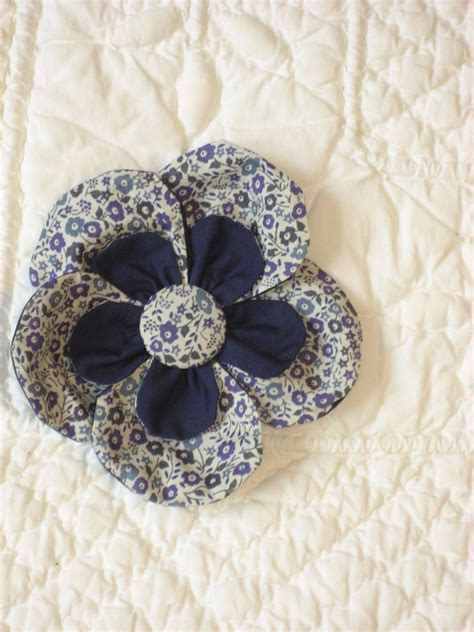 Tuto broche-fleur | Couture, Barrette and Liberty