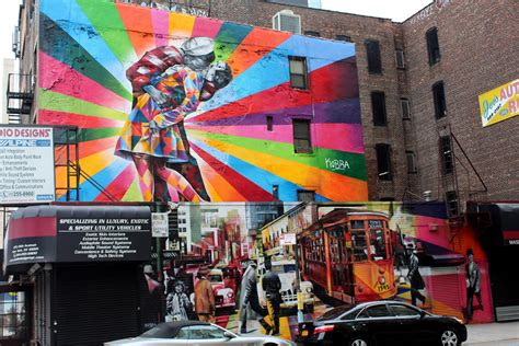 NYC - Chelsea: Eduardo Kobra | This two-level mural