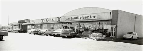 TG&Y Midwest Blvd and SE 15th St - 1960s | Rose State