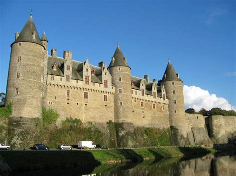 The most beautiful medieval castles of France - Eupedia