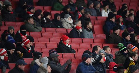 Arsenal fans leave thousands of seats empty for Man City