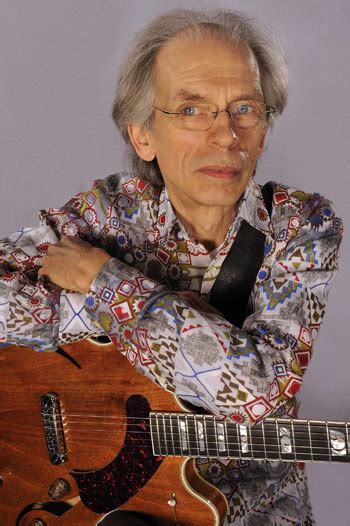 """Interview: Steve Howe on Asia''s """"Omega,"""" Touring With Yes"""