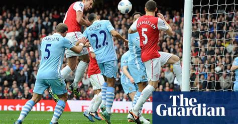 Premier League: Arsenal v Manchester City - in pictures