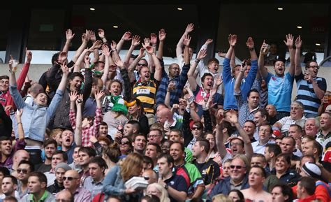 Rugby fans - Rugby fans Photos - London Irish v Saracens