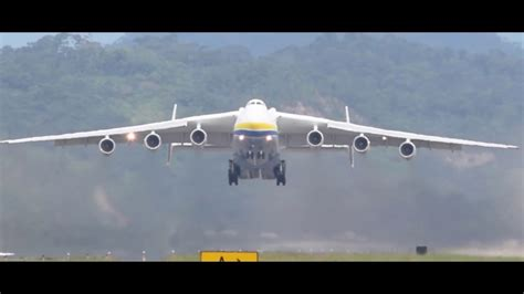 Antonov AN-225 cargo transporter - YouTube