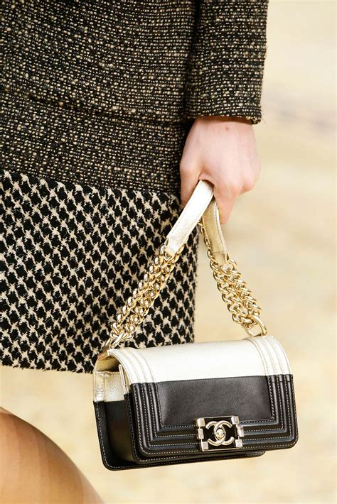 Chanel Fall/Winter 2015 Runway Bag Collection featuring