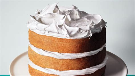 7 Tips for Making Your Cake Taste—and Look—Way Better