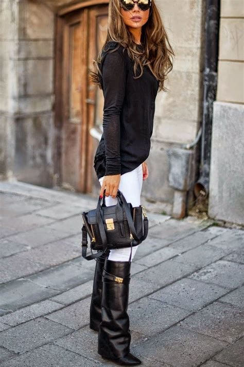 Stylish Ways To Wear Winter Boots | Divine Style